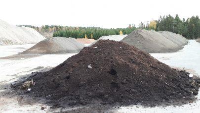 Kompost av veksthusavfall Foto Astrid S Andersen